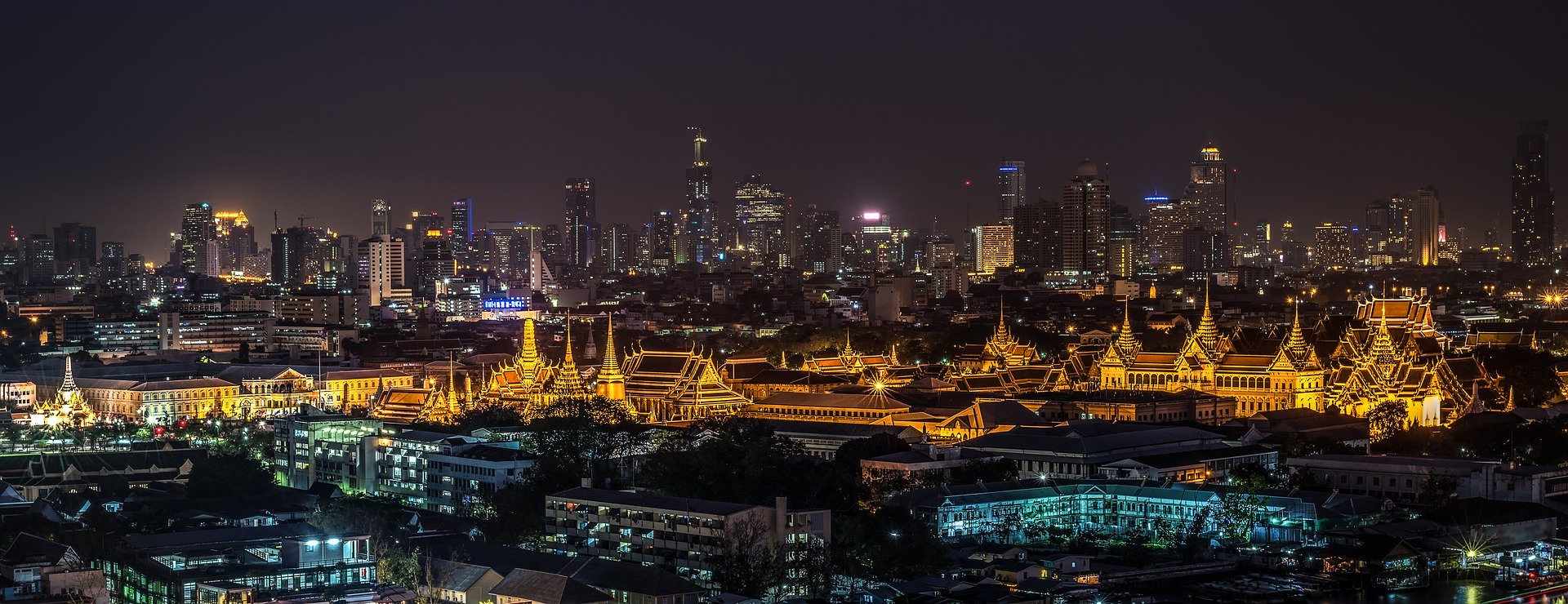 A Guide to Sightseeing in Bangkok: Family Solutions