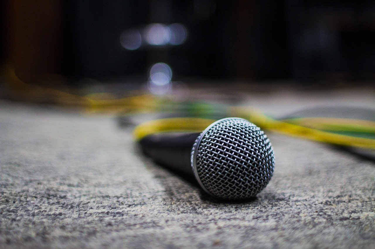 How To Quickly Improve Your Public Speaking Abilities