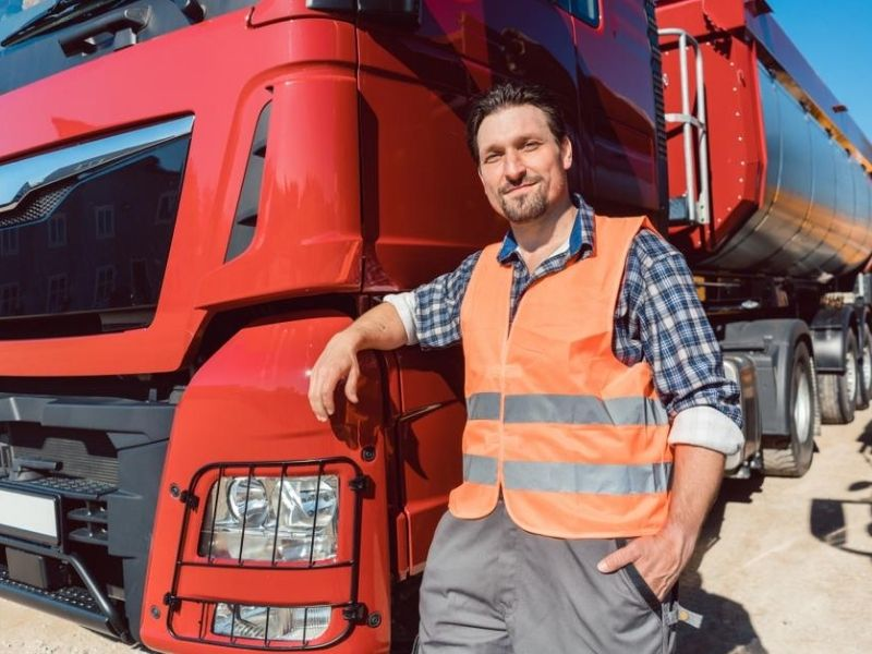 7 Solid Reasons You Should Consider Becoming A Truck Driver
