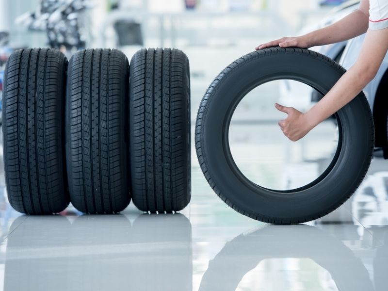 Pros and cons of buying OEM tires